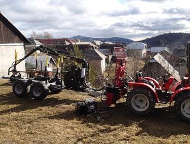 malotraktor a malá vyvážečka